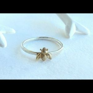 Sterling silver 925 Bee ring size 6